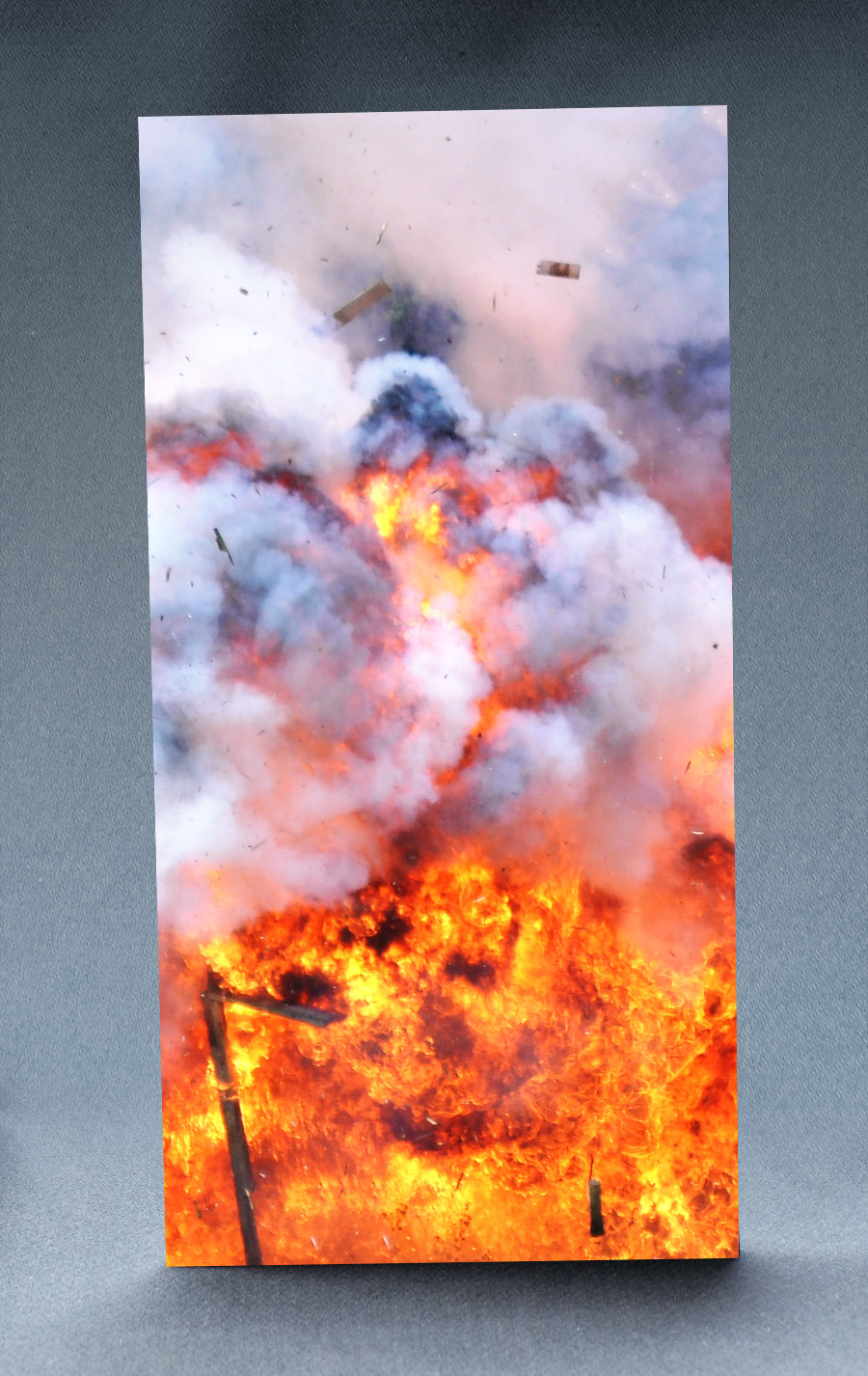 Large Explosion 1:6 Scale Striking Backdrop