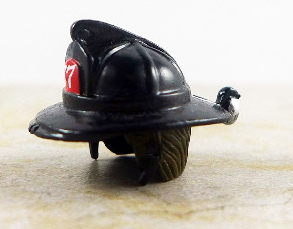 Fire Fighter 1 Helmet (Elite Heroes Wave 1)
