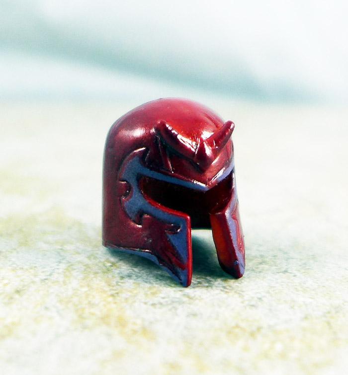 Dark Magneto Helmet (Marvel TRU Wave 9)
